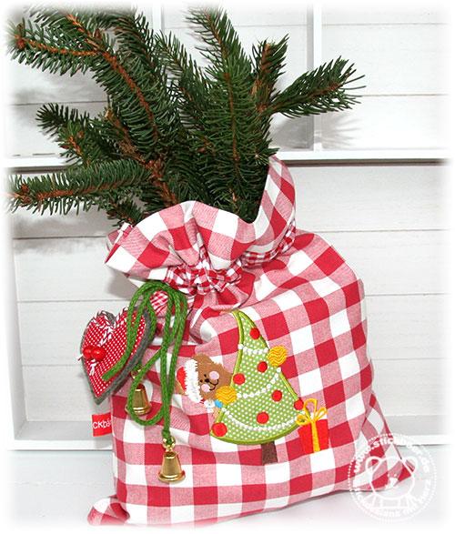 Stickbaer-Freebie-Weihnachtsbaer-1