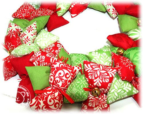 Stickbaer-Moda-Weihnachtskranz-10
