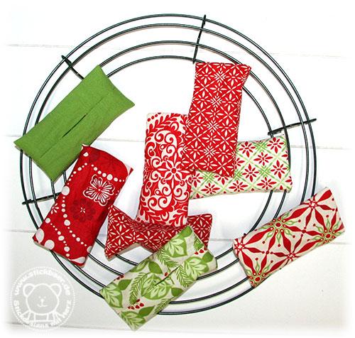 Stickbaer-Moda-Weihnachtskranz-5