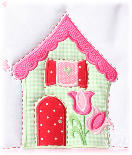 Stickbaer-Little-Village-Quilt-BOM10-Tati-2