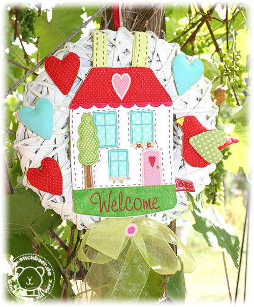 Stickbaer-Little-Welcome-House-13x18-Tati-7
